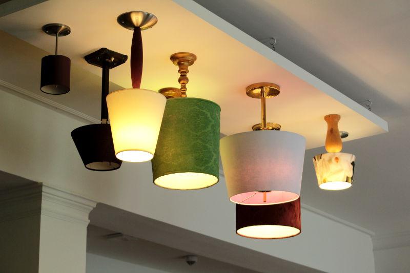 Deckenbeleuchtung Hotel Lounge