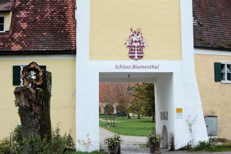 Toreinfahrt Schloss Blumenthal