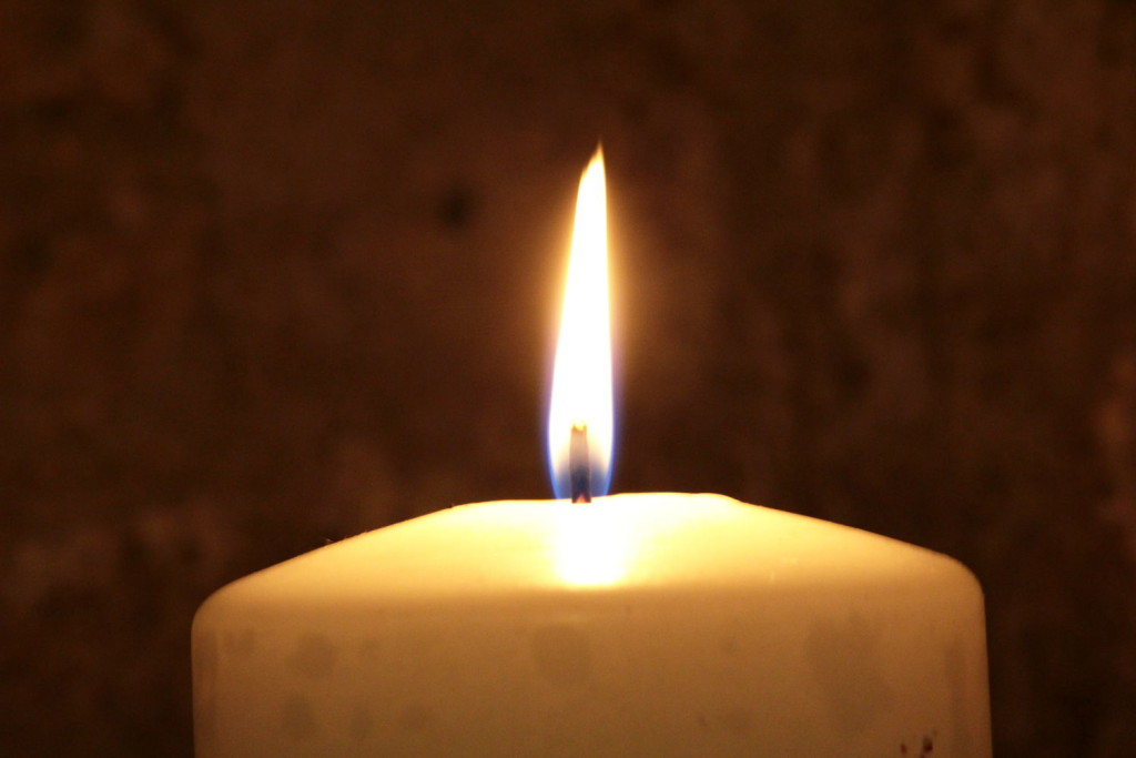 Candle Light Music-Flow