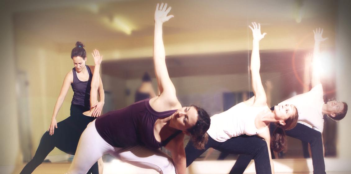 Silke Schuster Lebensflow Yogaklassen